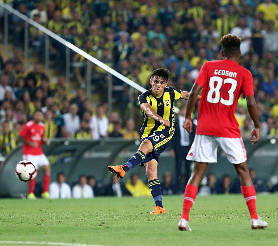 Cocu'nun yerine yine bir Hollandalı teknik adam dümene geçti. Erwin Koeman, görevde kaldığı 5 lig maçında da Makedon futbolcuyu 90 dakika sahada tuttu.
