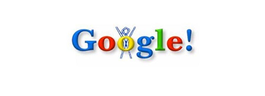 Google'ın resmî olarak kuruluşundan kısa bir süre sonra, ilk kez Google Doodle, Brin ve Page'in bugüne kadar hayranları oldukları 1998 Burning Man Festival'i anmak istediklerinde ortaya çıktı.