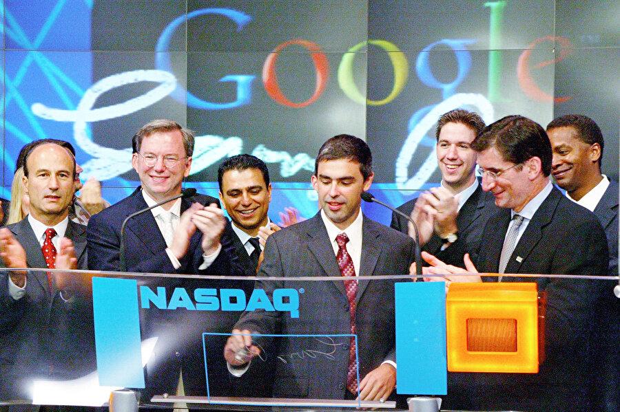 Google, 19 Ağustos 2004'te halka arz edildi ve hisse başına rakam 85 dolar olarak belirlendi. Şu anda bu rakam 1177 dolar.