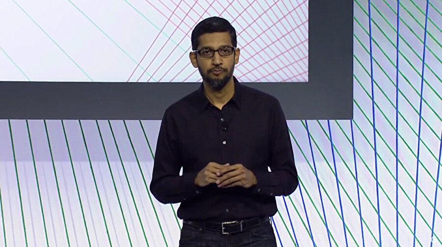 Google Chrome'un eski başkanı Sundar Pichai, Google arama motoru ve YouTube da dahil olmak üzere yeni oluşturulmuş Alphabet'in en önemli ve kârlı işletmelerin geleceğine rehberlik eden yeni Google CEO'su seçildi.