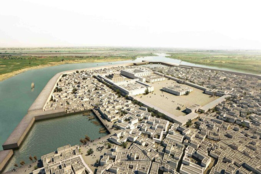 Sümerlerin Ur şehri / 4 bin yıl öncesi                                                                                                                                                                                          Dünyanın en eski şehirlerinden biri olan Ur, Irak Körfezi´nde Fırat nehri kenarında kurulmuştu. Şehirde, MÖ 4500'lerden MÖ 4. yüzyılın sonuna kadar iskan edildiği biliniyor. Ayrıca kentin MÖ 4. bin yıl içinde Kuzey Mezopotamya'dan geldiği belirlenen çiftçiler tarafından kurulduğu belirtiliyor.
