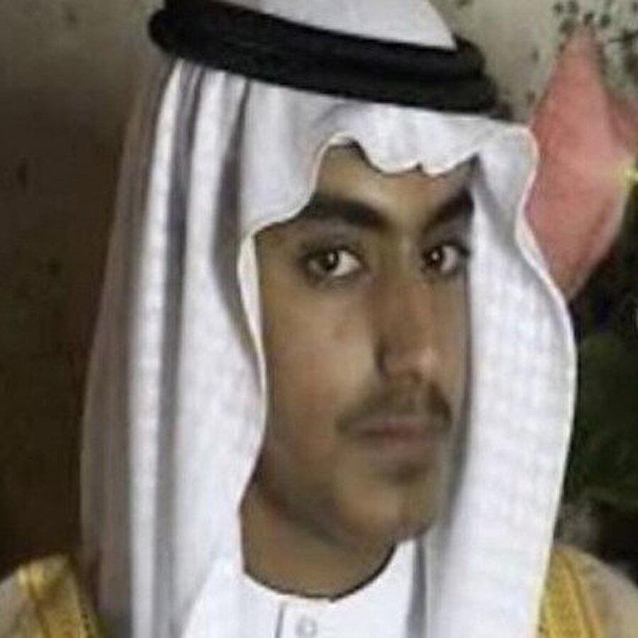 Trump: Bin Ladin'in oğlu öldürüldü ABD Başkanı Donald Trump, Usame bin Ladin'in oğlu Hamza bin Ladin'in operasyonla öldürüldüğünü açıkladı.