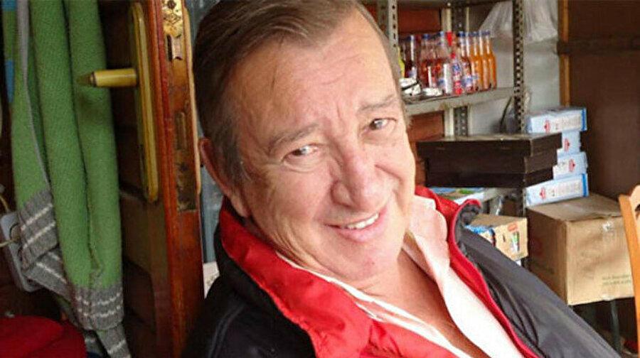 Ünlü yönetmen Tunç Başaran vefat etti Balıkesir'in Bandırma ilçesinde yaşayan, Yeşilçam'ın ünlü yönetmenlerinden Tunç Başaran tedavi gördüğü hastanede vefat etti.