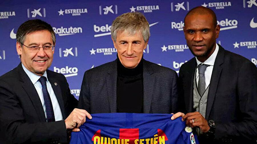 """Barcelona yeni teknik direktörü Quique Setien'i tanıttı Barcelona Kulübü, teknik direktör Ernesto Valverde'nin yerine göreve getirdiği Quique Setien'i basına tanıttı.Nou Camp Stadı'nda, 30 Haziran 2022'ye kadar geçerli olan yeni sözleşmesine imza attıktan sonra gazetecilerin karşısına çıkan Setien, """"Dün köyümde ineklerle dolaşıyordum bugün dünyanın en iyi futbolcularını çalıştırıyorum."""" dedi."""