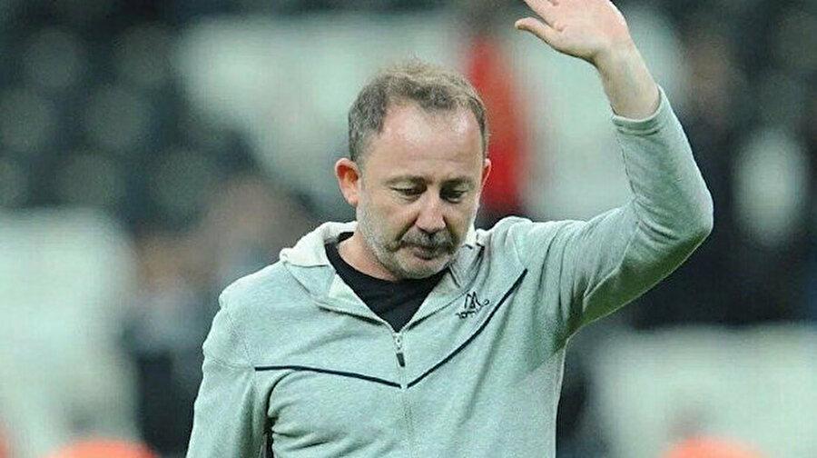 Yeni Malatyaspor'da Sergen Yalçın ile yollar ayrıldı                                      Süper Lig takımlarından BtcTurk Yeni Malatyaspor'da sürpriz bir gelişme yaşandı. Ziraat Türkiye Kupası'nda Demir Grup Sivasspor karşısında alınan 4-0'lık mağlubiyetin ardından Sergen Yalçın ile yollar ayrıldı.