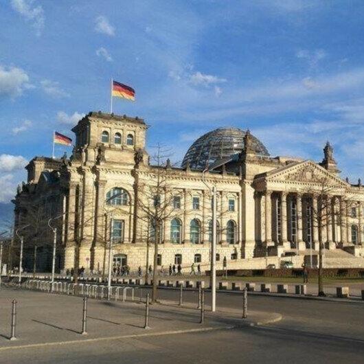 German Social Democrats, Greens, liberals agree to hold talks on new gov't