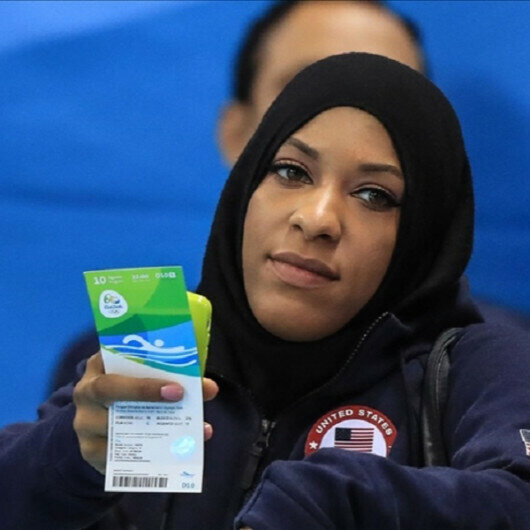US Olympic fencer accuses teacher of removing student's hijab