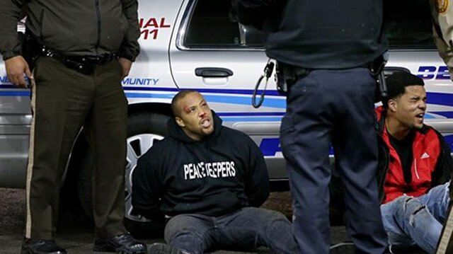 ABD Polisi bir siyahiyi daha öldürdü