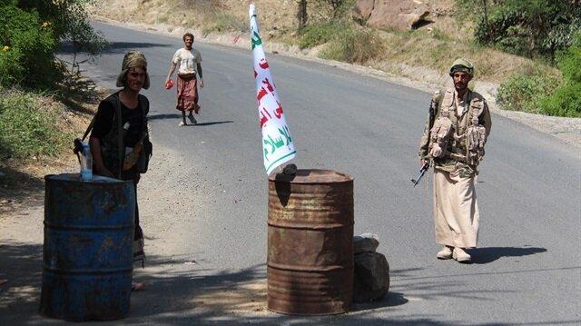 Husiler 12 aktivisti kaçırdı