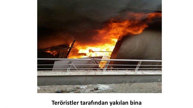 Teröristler kaçarken evleri ateşe verdi