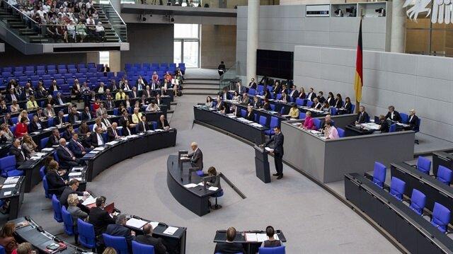 Alman Federal Meclisi soykırım yalanını kabul etti