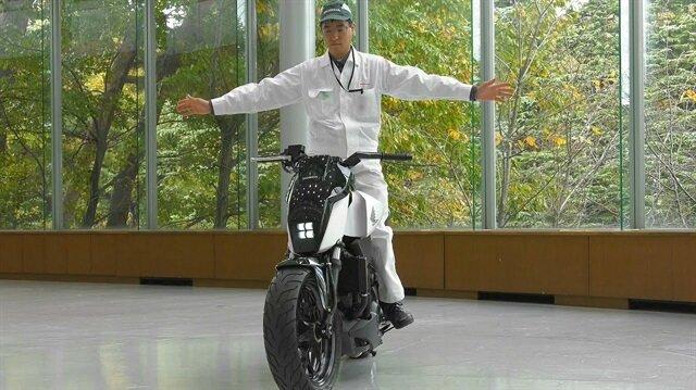 Honda, kendi kendini dengeleyebilen motosiklet üretti