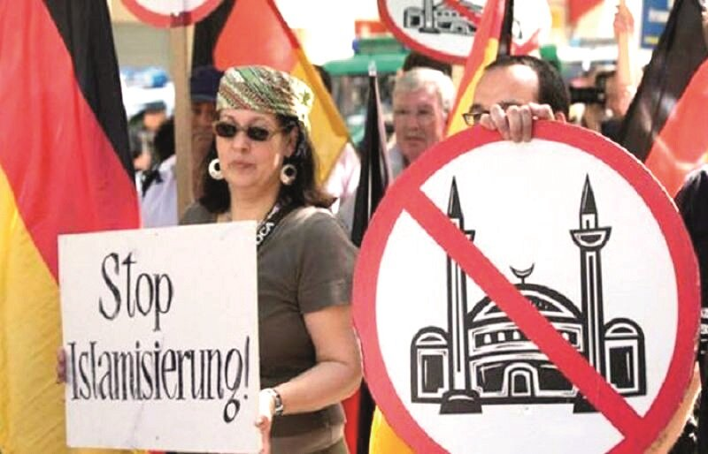 Avrupa'da İslam karşıtı gösteriler yapan PEGİDA Almanya'dan sonra en güçlü olduğu ülke Hollanda.