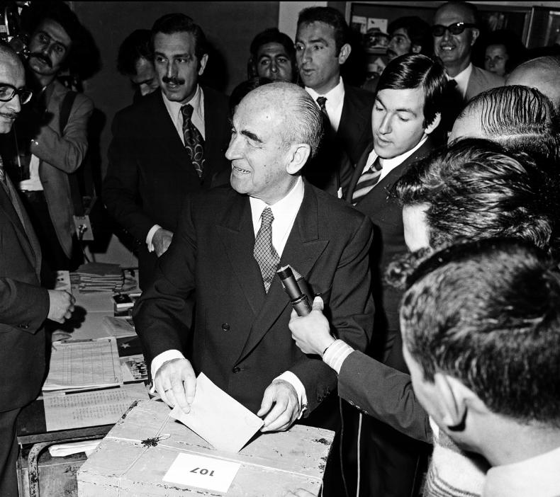 1973 seçimlerinden bir kare. (BYEGM arşivi)
