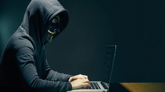 Kimin yaptığı belli değil: İngiltere'yi çaresiz bırakan siber saldırı 150 ülkede 200 bin bilgisayarı etkiledi
