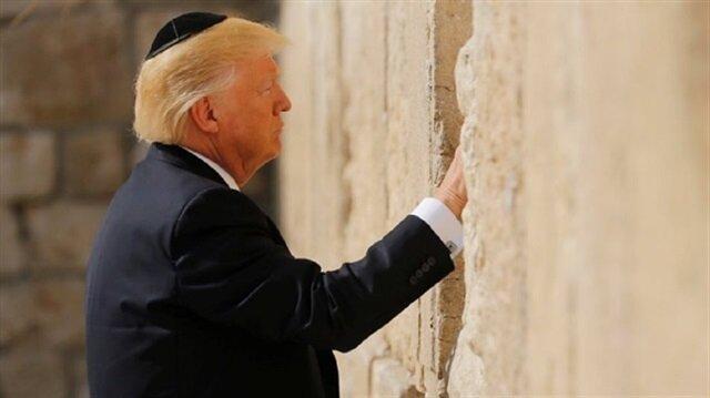 Trump, Ağlama Duvarı'nı ziyaret etti