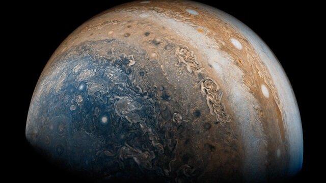 NASA'nın uydusundan etkileyici Jupiter fotoğrafları