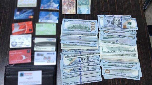 Bulduğu dolar dolu cüzdanı sahibine teslim etti