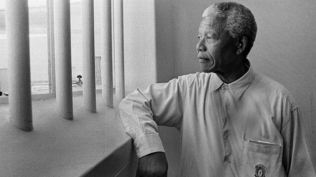"""99 yıl önce doğan """"Güney Afrika'nın Babası"""" Mandela'nın sıradışı hayatı"""