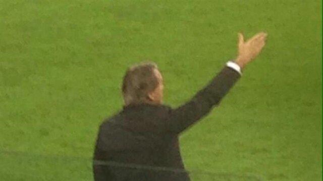 Mancini'nin pantolonunun başına gelenler maçın önüne geçti!