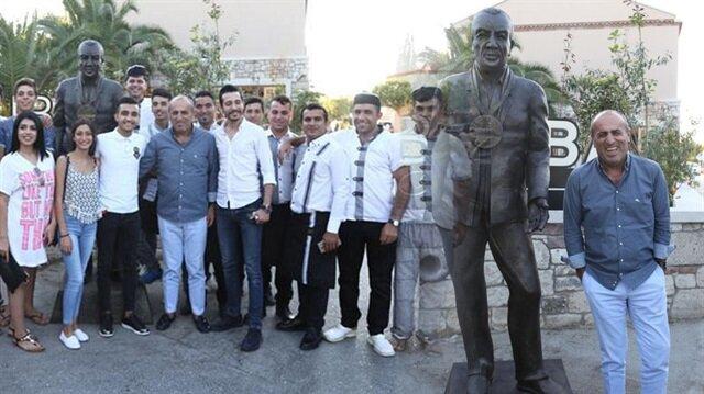 Fatih Terim'i çıldırtacak heykel!