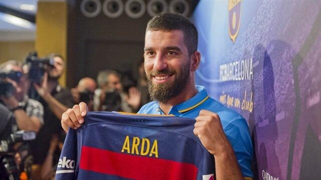 Barcelona resmen açıkladı! Arda Turan'ın forma numarası belli oldu
