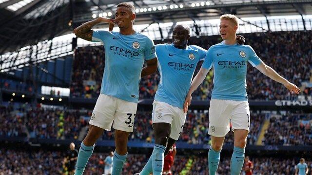 Manchester City, Liverpool'u bozguna uğrattı!