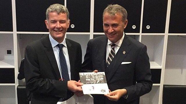 Beşiktaş aşkını kanıtladı: İngiltere Türkiye Büyükelçisi kulübe üye oldu