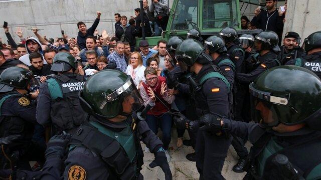 Katalonya'daki referanduma müdahale: 337 yaralı
