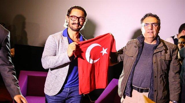 Aamir Khan'dan 'Dangal' sürprizi
