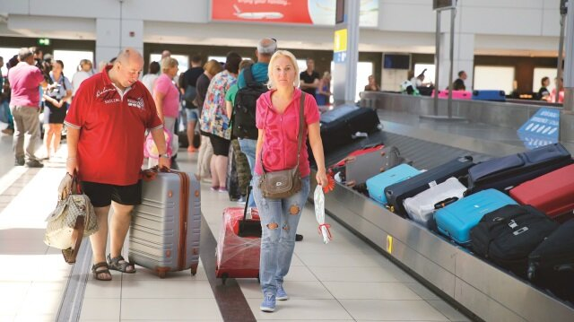 Turizm gelirleri yüz güldürdü