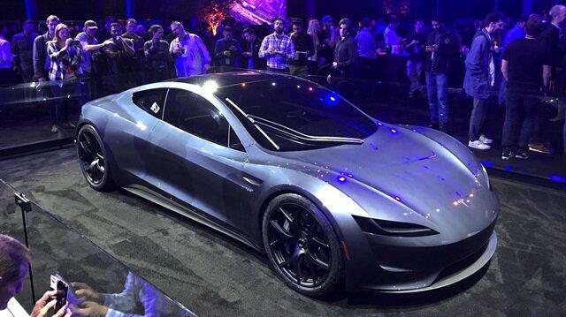 Tesla Roadster'ın tasarımı çalıntı mı?