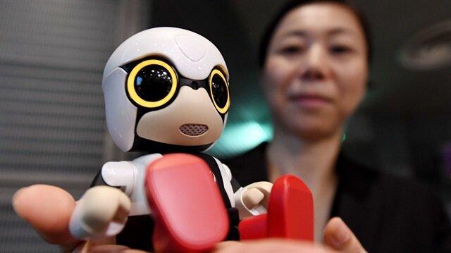 Toyota'nın arkadaş robotu 'Kirobo Mini' satışa sunuldu
