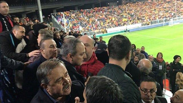 """Konyasporlu yöneticilere tribünde çirkin saldırı: """"Yobazlar, gidin namaz kılın"""""""