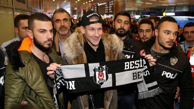 Beşiktaş'ın yeni stoperi Vida İstanbul'a geldi