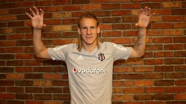 Beşiktaş yeni transfer Vida'yı KAP'a bildirdi