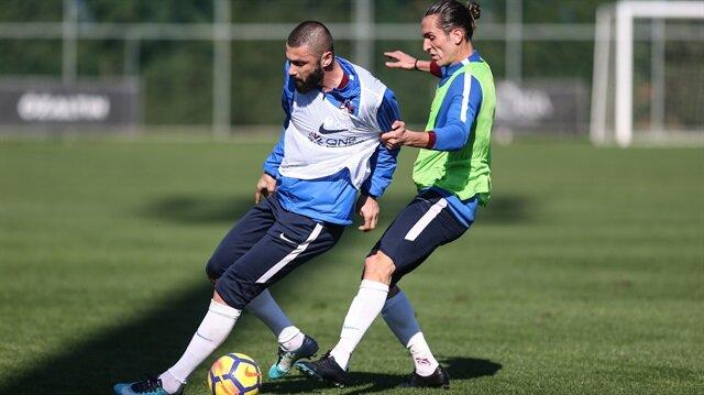 Trabzonspor'da Burak Yılmaz şoku: Antrenmanda sakatlandı