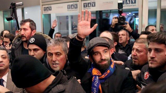 Arda Turan, İstanbul'a geldi!