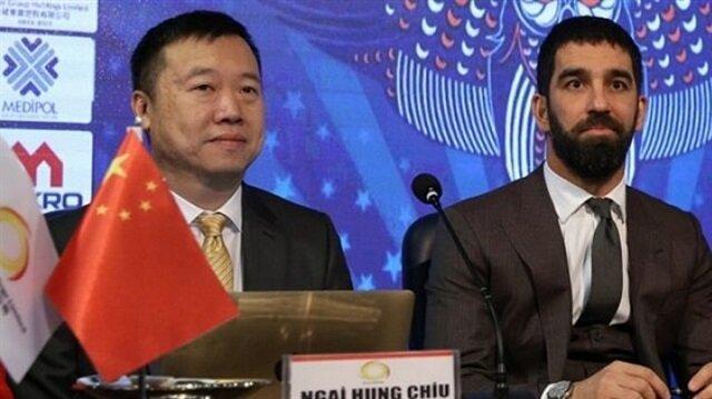Arda Turan'ın basın toplantısındaki Çinli kim?