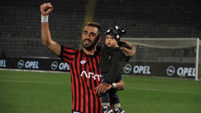 Galatasaray görüşmelere başladı: Sol bek transferi her an bitebilir
