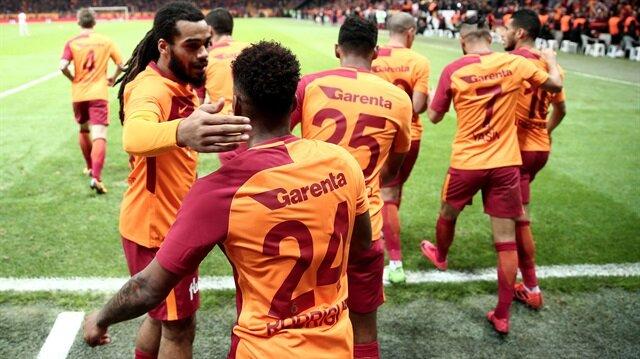 Galatasaraylı oyunculardan Fatih Terim'e tavır!