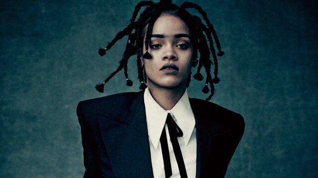 Mesut Özil'den şaşırtan Rihanna paylaşımı