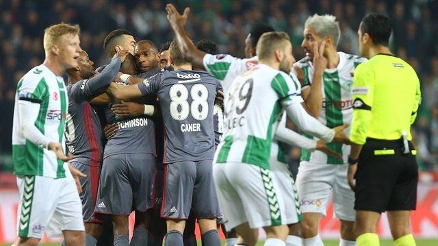 Beşiktaş'ta deprem: Pepe ve Talisca derbide yok!
