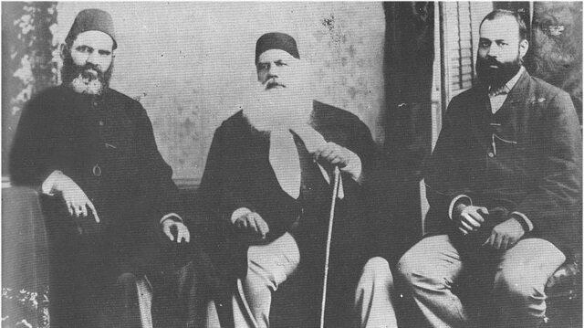 Hindistan'da İslami uyanışın iki ekolü: Deoband ve Aligarh