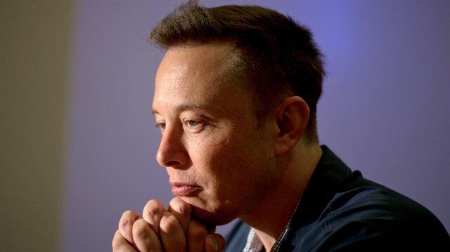 """Elon Musk gözyaşları içinde kaldı: """"Babam bir şeytan!"""""""