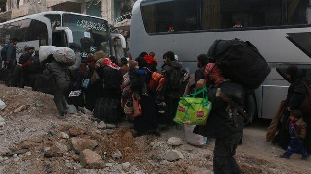 Doğu Guta'dan 994 kişi tahliye edildi