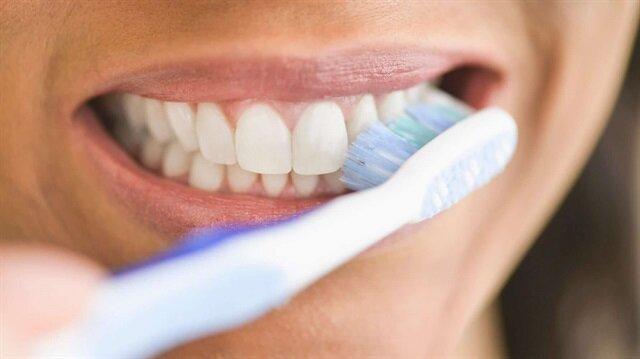 Diyanet açıkladı! Diş fırçalamak orucu bozar mı?