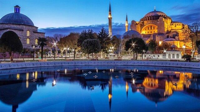 Turizmde rekorlar yılı: Turist sayısı yüzde 32 arttı