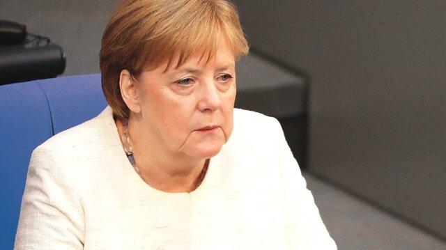 12 yılın en zayıf Merkel'i