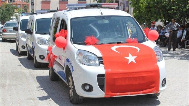 Polis aracı şehit kardeşine sünnet arabası oldu